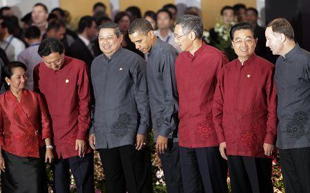 APEC领导人合照 全家福图片