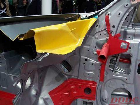 汽车结构图解剖示意图