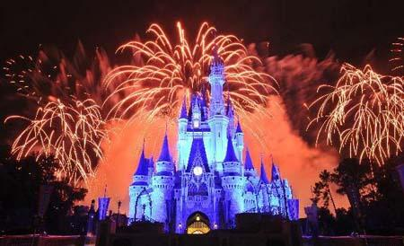 Fireworks is displayed at Disney's Magic Kingdom Park, during a welcome event prior to the 2010 International POW WOW in Orlando, Florida, the United States, May 16, 2010. The annual premier international marketplace for travel to the United States, will gather over 1,000 U.S. travel organizations and worldwide tourism operators. [Xinhua photo]