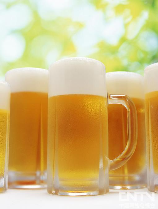 聚会4种常喝美酒,如何喝能减肥。