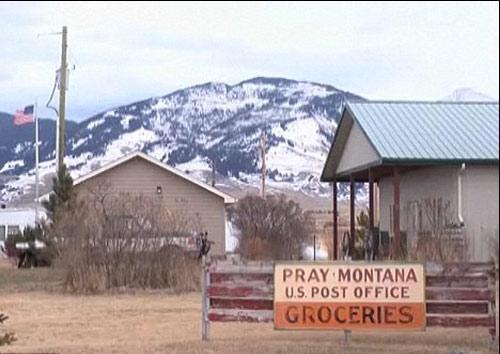 该小镇正以140万美元的价格挂牌出售。