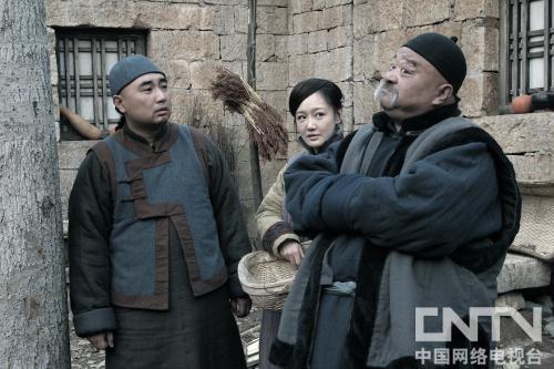 《独有英雄》周一围李小冉薛佳凝笔书写矿业传奇,戏中配角很多李琦也算一个