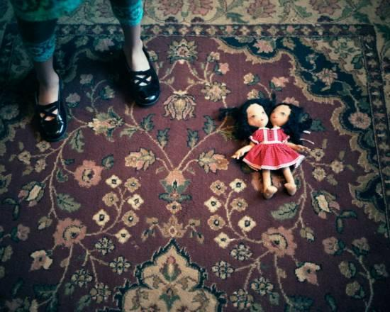 2008年,两姐妹的洋娃娃
