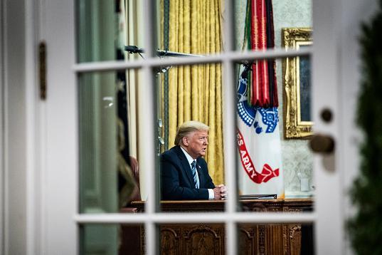 《华盛顿邮报》:在特朗普失败的天下电视发言背后