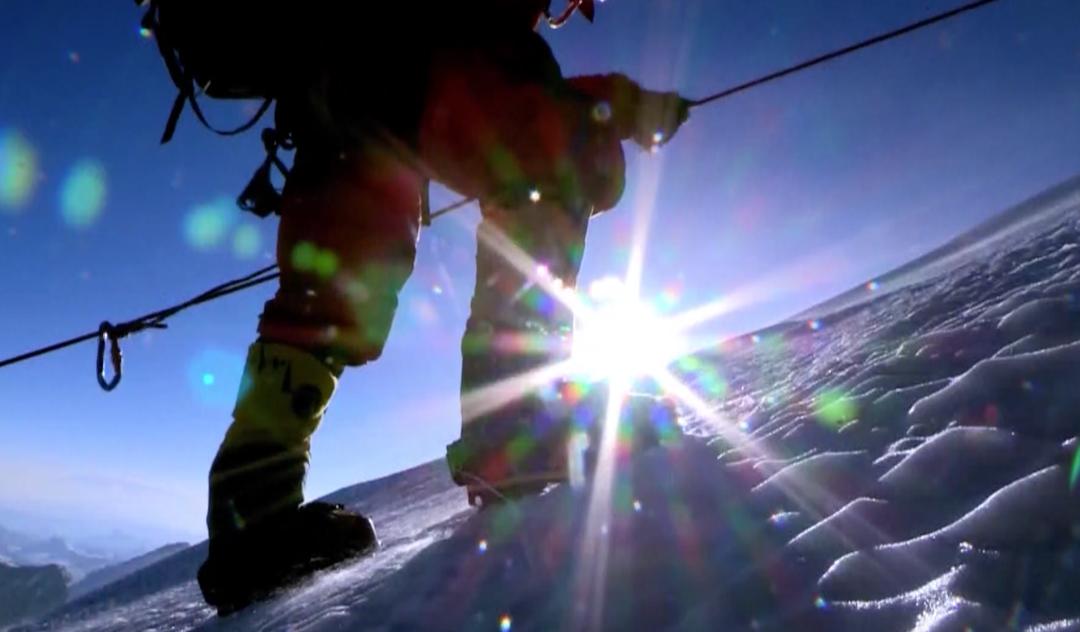 《【恒达登陆注册】新闻周刊丨来之不易的珠峰登顶,攀登者经历了哪些挑战?》