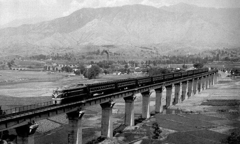 中国奇迹!从成昆铁路到世界第一高铁网