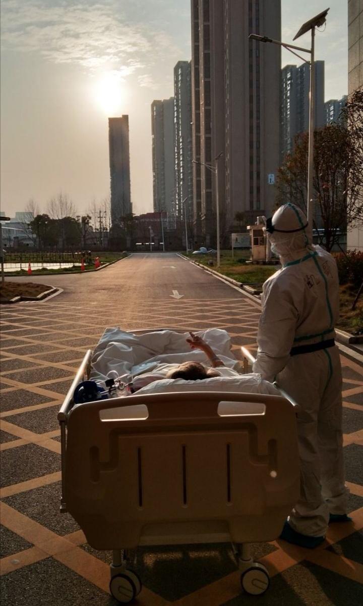重回方舱医院:墙上的这些照片,看着看着就落泪了