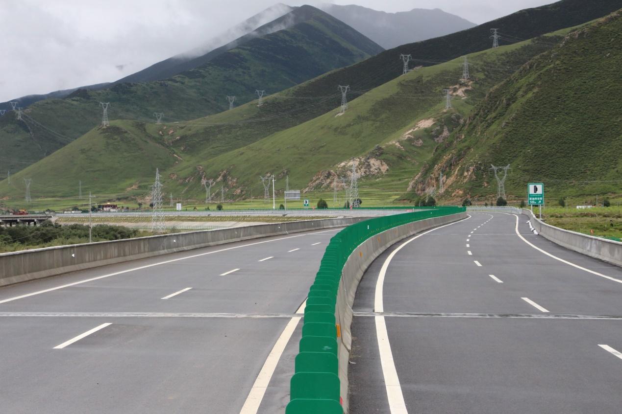 西藏米拉山隧道工程70%已完工 开通后将成世界海拔最高公路特长隧道