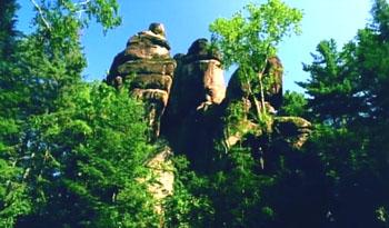��旺河石林
