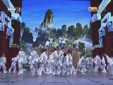 [2014央视春晚]创意武术《剑心书韵》 表演:成龙 王巍堡 山东省莱州中华武校