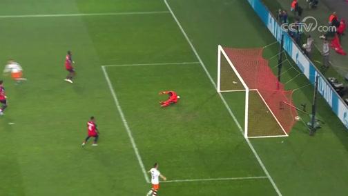 [欧冠]切里舍夫左脚抽射破门 瓦伦西亚客场领先