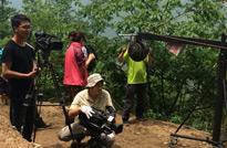 贵州罗甸,采用摇臂拍摄大场面。