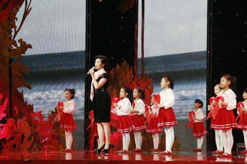 李丹阳演唱歌曲《感激在心》