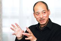 <b>Lin Dong Fu, Jazz Club Impresario</b>