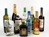 第11期:假洋酒 真暴利 究竟喝的是酒还是面子?