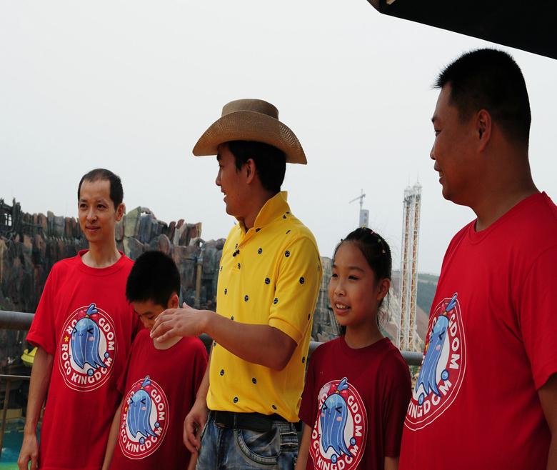 """""""动感特区""""嬉戏谷节目剧照6"""