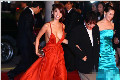 韩国女星走红毯上演宫心计