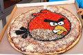 超级美味的愤怒的小鸟披萨