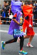日本超奇葩运动会:动漫人物满街跑