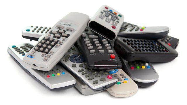 将iPhone变成万能遥控器的5款应用和周边配件