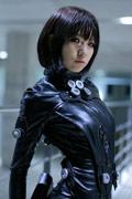 超清纯短发萌妹COS《杀戮都市》女主角