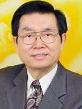 """范光陵<br>被誉为""""中华电脑之父""""<br>曾任成功大学商学院院长<br>中华工商管理学会理事长<br>台湾中华文化协会理事长"""
