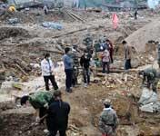 贾庆林电询舟曲救灾进展 要求全力以赴抢险救灾
