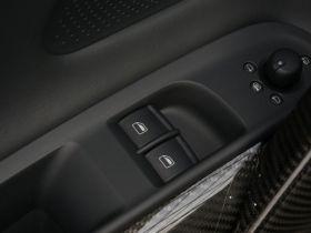 奥迪-奥迪R8车厢内饰图片