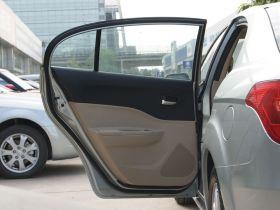 奔腾-奔腾B50车厢内饰图片