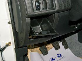 长丰-猎豹飞腾车厢内饰图片
