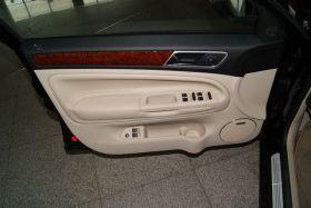 大众-PASSAT新领驭车厢内饰图片