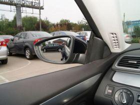 大众-一汽-大众CC车厢内饰图片