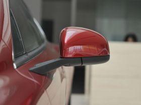 阿斯顿·马丁-Rapide车身外观图片