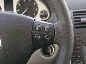 奔驰-奔驰A级中控方向盘图片