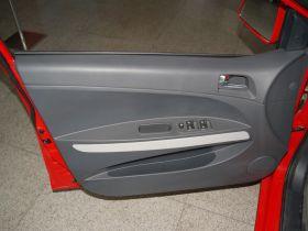海马-丘比特车厢内饰图片