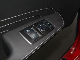 奔驰-奔驰AMG级车厢内饰图片