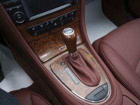 奔驰-奔驰CLS中控方向盘图片