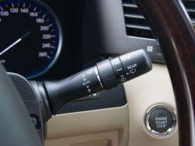 雷克萨斯-雷克萨斯LX中控方向盘图片