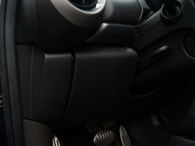 MINI-MINI COUNTRYMAN车厢内饰图片