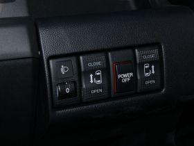 马自达-马自达5中控方向盘图片