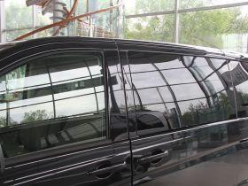 奔驰-唯雅诺车身外观图片