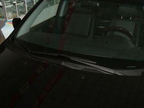 起亚-狮跑车身外观图片