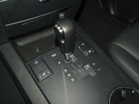 起亚-霸锐中控方向盘图片