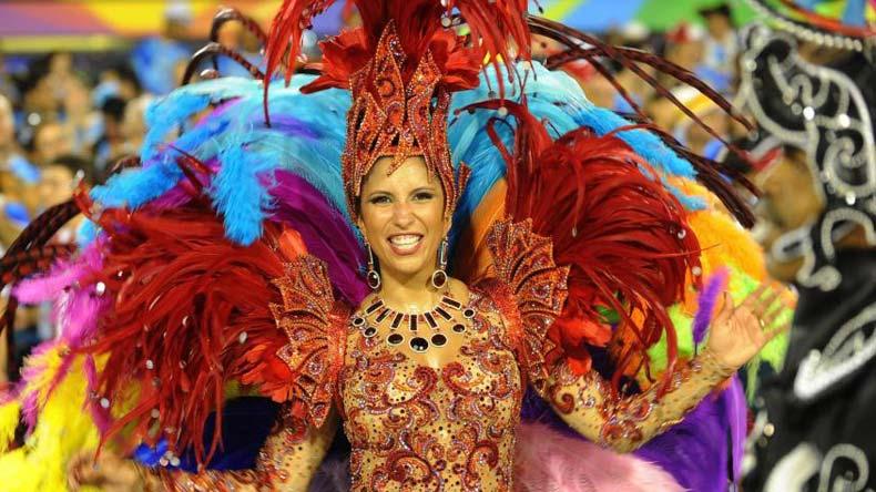 独树一帜的巴西狂欢节