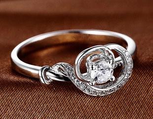 时尚高贵镶锆石镀白金S925戒指