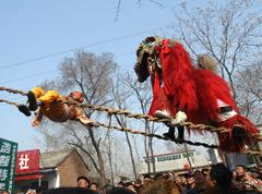 狮子爬天桥 历久弥新的文化遗产