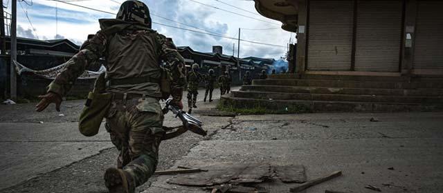 菲军方清剿马拉维市武装分子 双方激烈交火