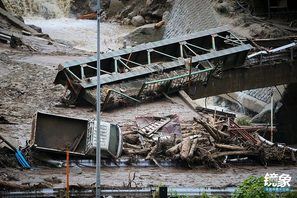 日本发生泥石流致29死29人失踪10年前已埋下