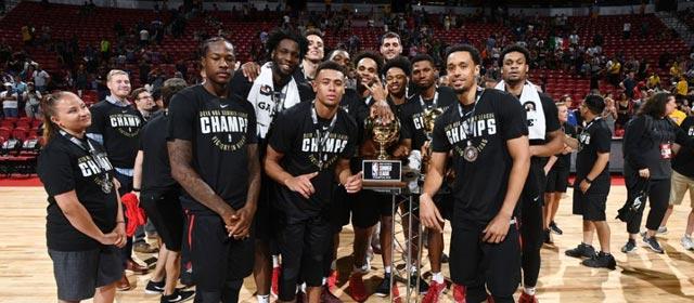 开拓者复仇湖人 NBA夏季联赛夺冠