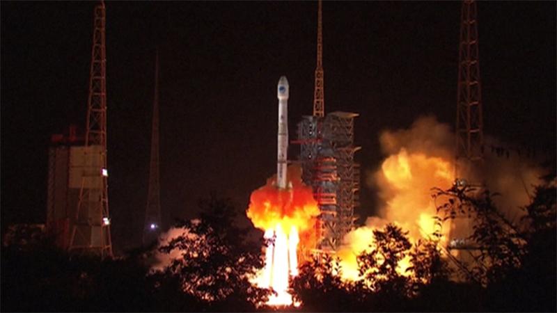 直击北斗卫星发射现场 变身守护神搭载搜救设备